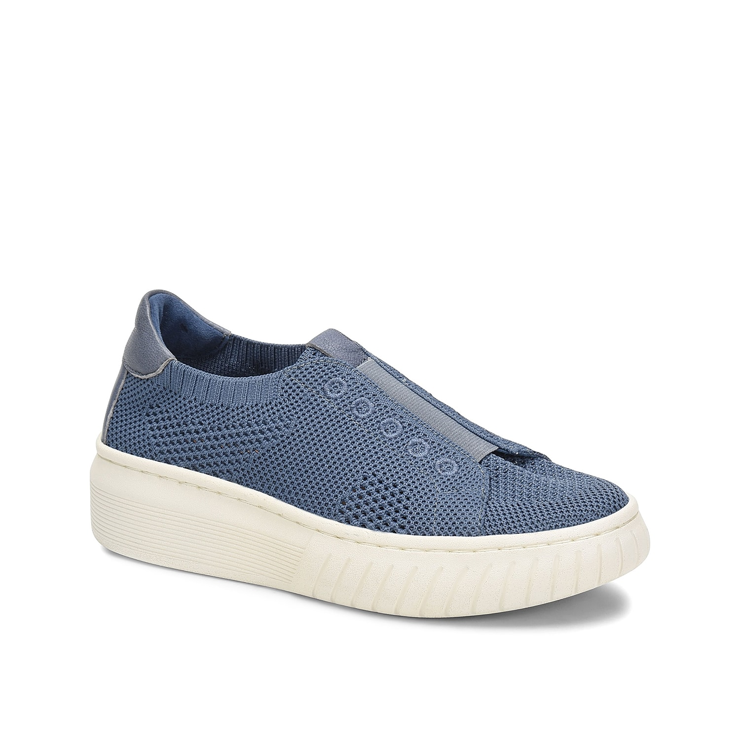 The Payton slip-on sneaker from Sofft will add a sporty finish to casual looks. With a knit fabric upper and thick platform midsole, this pair will keep you right on trend.