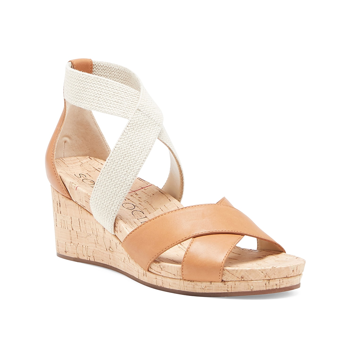 The Kimlee wedge sandal from Sole Society flaunts stylish appeal with its cork wedge heel and criss cross straps. Rock this leather pair with your favorite sundress or midi skirt for your new go-to wedge.