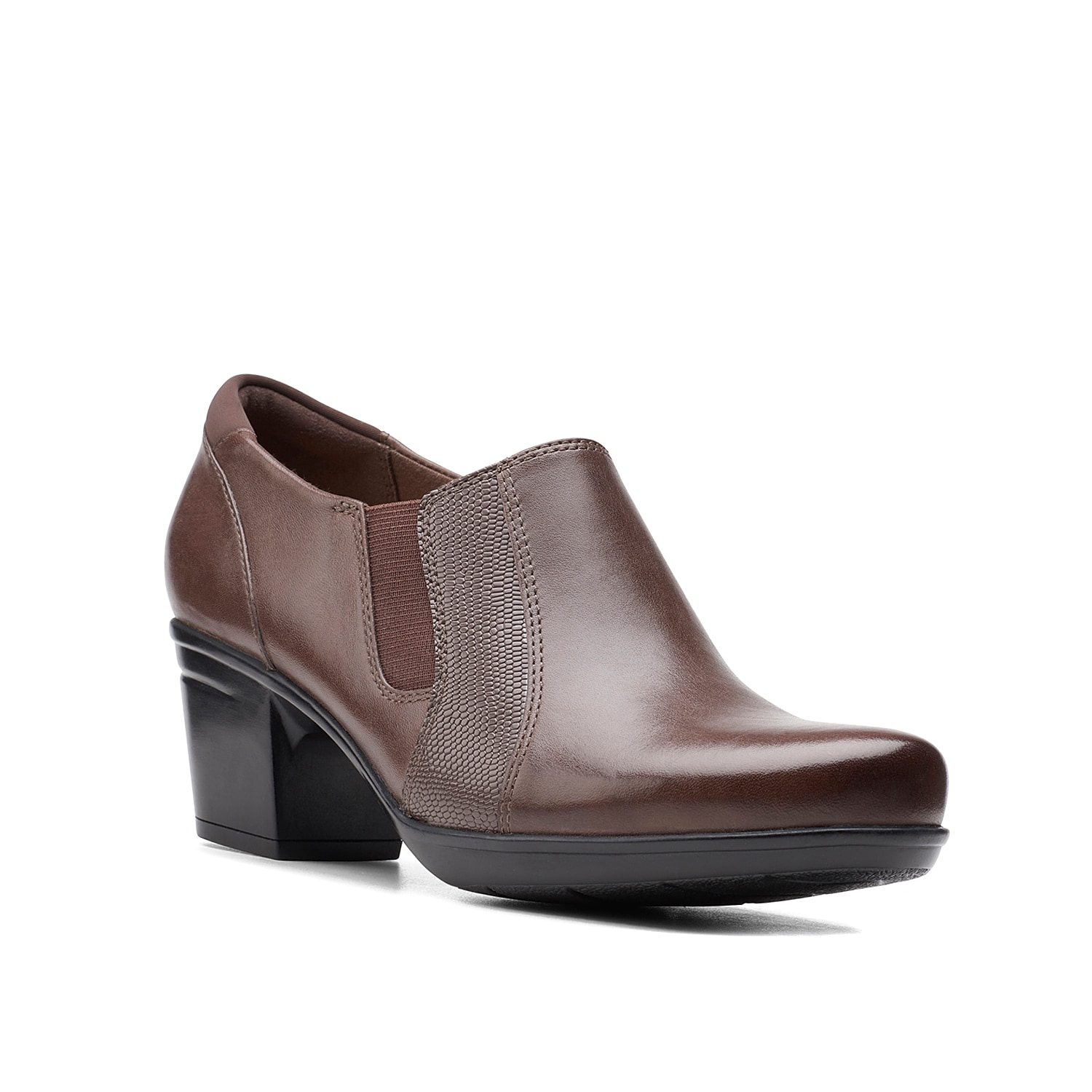 Stay minimal and posh at the same time donning the Clarks of England Emslie Chelsea bootie. Comprising premium leather construction and flexible elastic gores, this bootie has Ultimate Comfort for improved cushioning all day.