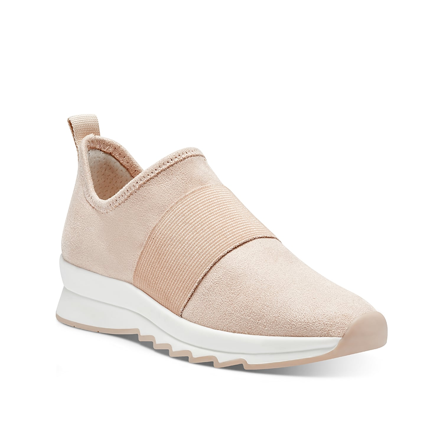 Take athleisure looks to the next level with the Kesaris slip-on sneaker from Sole Society. With a sporty elastic band across the vamp and sawtooth-inspired sole, this pair will upgrade your sweats or shorts.