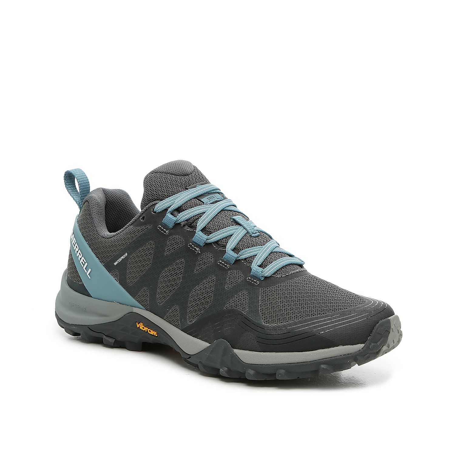 The Siren 3 hiker-style sneaker is built with Q FORM® 2 stability technology and a Vibram® Megagrip® for confidence no matter the terrain. The removable contoured insole provides light support to all three arches on the foot, and the dual-density midsole with heel-centering technology provides engineered alignment.