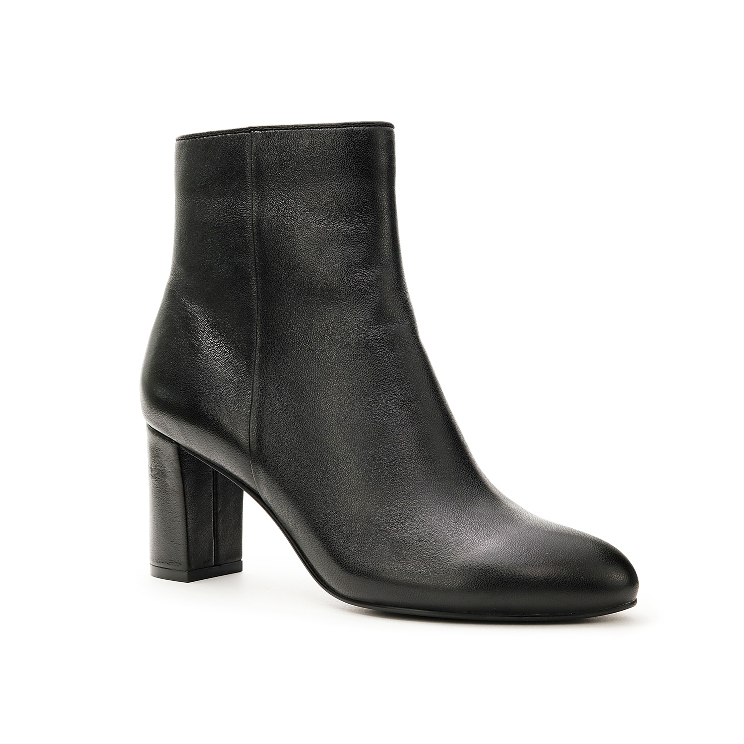 Keep it classy with the Atlas bootie from David Tate. Rich leather upper with smooth almond toe and side zipper is elevated by a matching block heel for a simple yet sophisticated look.Click here for Boot Measuring Guide.