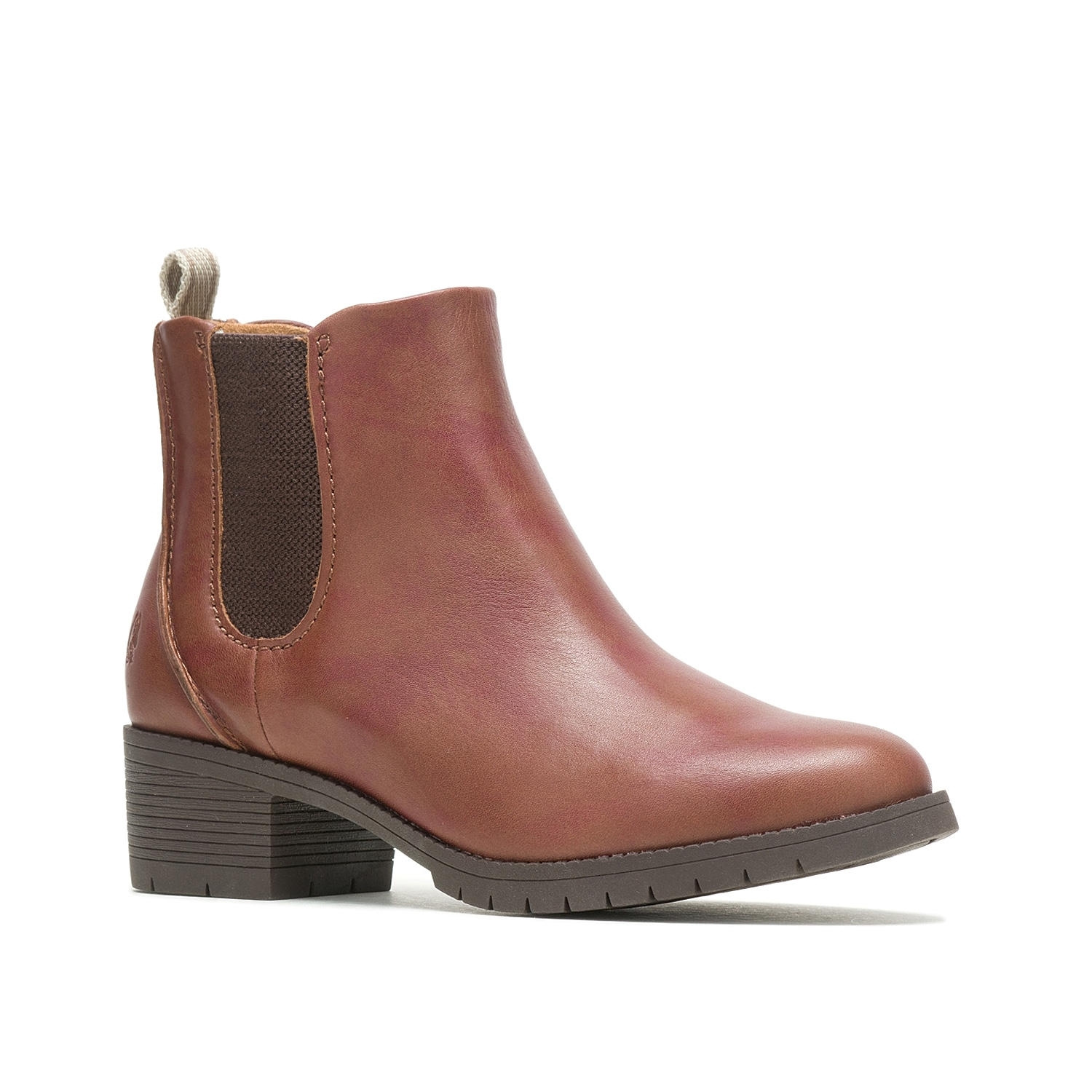 Show off classic cool weather appeal with the Hadley Chelsea boot from Hush Puppies. This water-resistant ankle boot features a Bounce® cushioned footbed and Rpet recycled lining for sustainable comfort.Click here for Boot Measuring Guide.