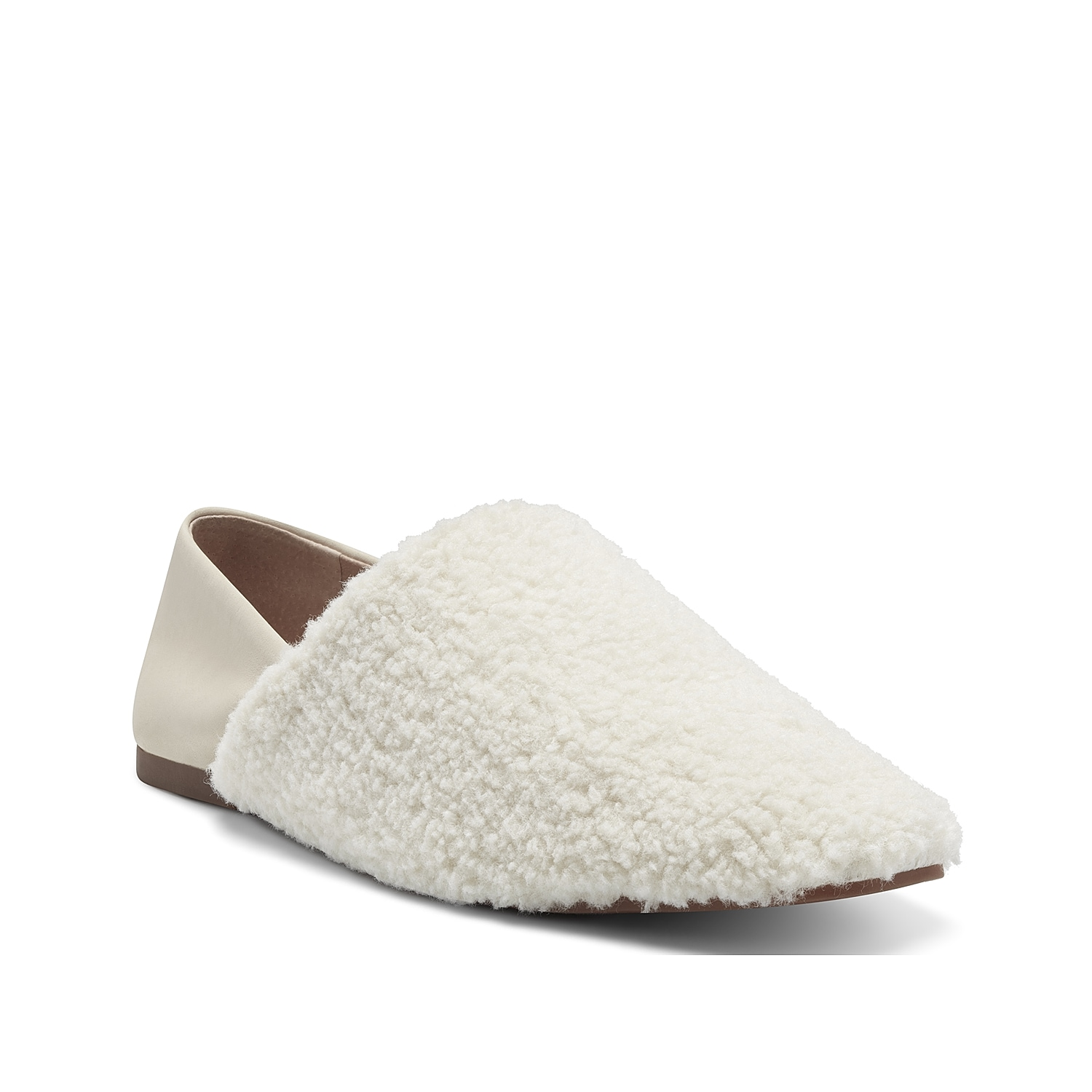 Be one step ahead of the latest trend with the unconventional Lucky Dichi slip-on. Featuring plush faux shearling upper and lining, this flat slip-on has a rubber sole for a reliable grip.